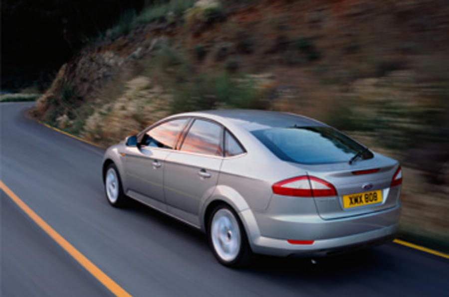 ford mondeo 2 3 ghia review autocar. Black Bedroom Furniture Sets. Home Design Ideas