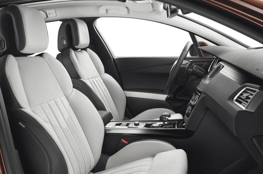 Peugeot 508 RXH interior