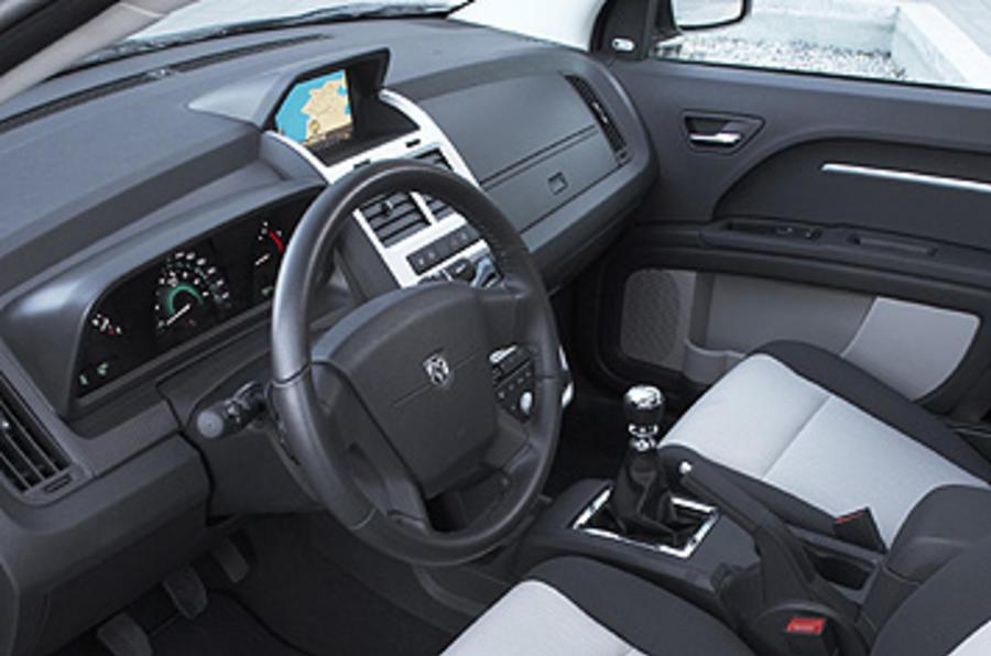 Dodge Journey 2 0 Crd R T Review Autocar