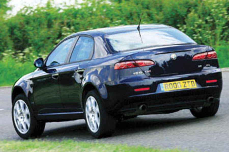 alfa romeo 159 3 2 v6 review autocar. Black Bedroom Furniture Sets. Home Design Ideas