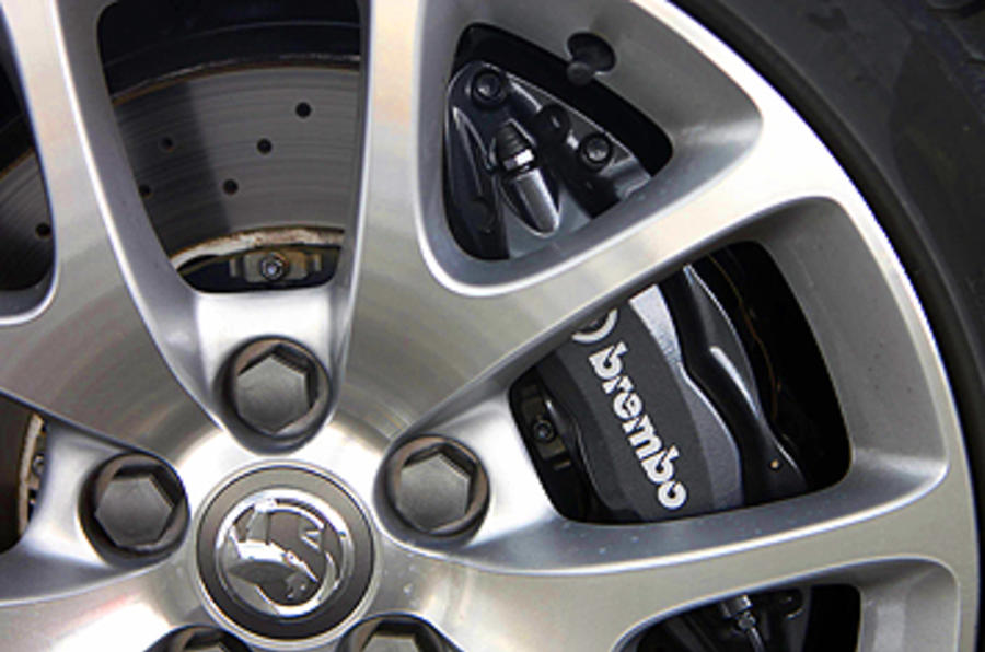 Vauxhall Insignia VXR brake calipers