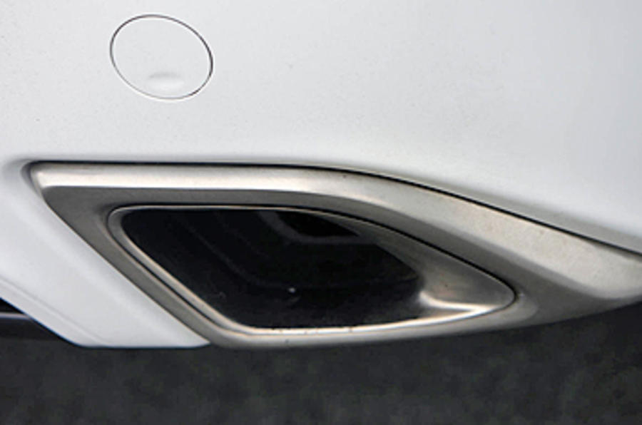 Vauxhall Insignia VXR dual-exhaust system