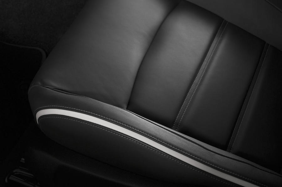 Ford Mondeo leather seats