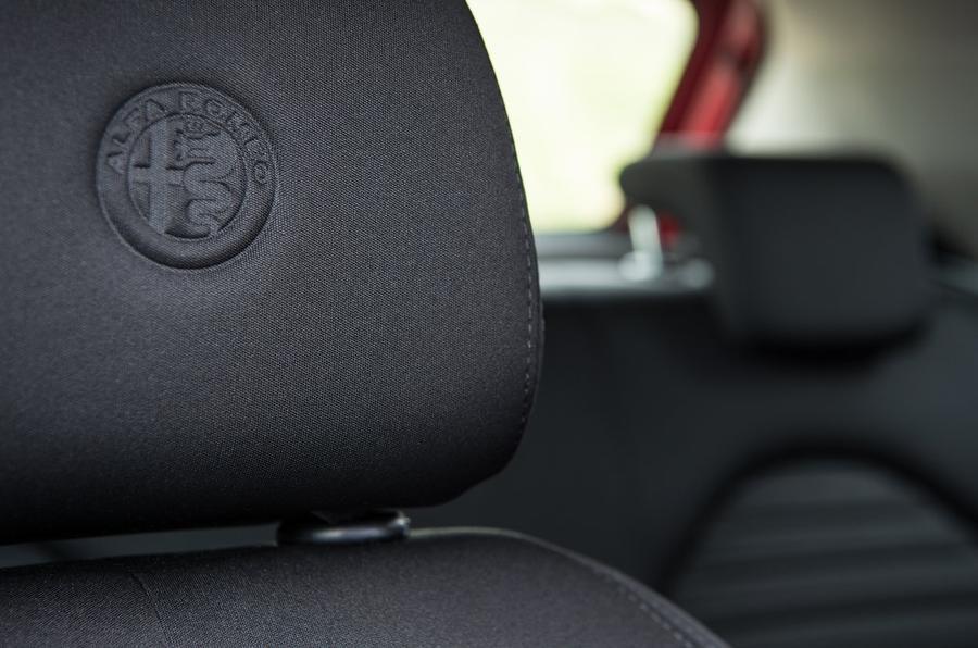 Alfa Romeo Mito review seats