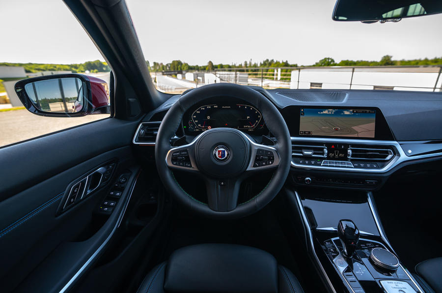 Alpina B3 2020 road test review - steering wheel