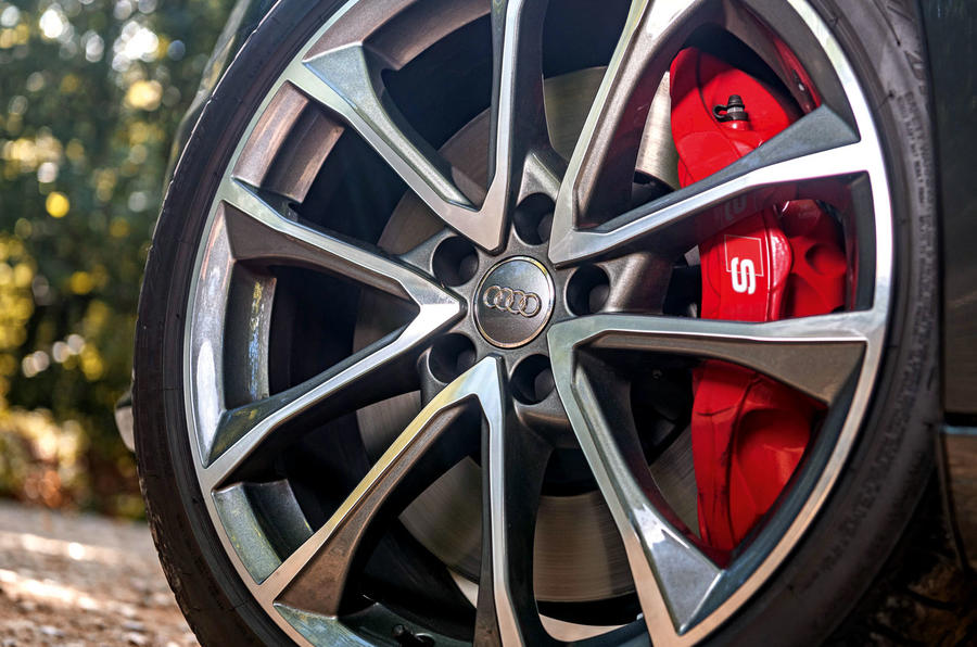 Audi S4 TDI 2019 road test review - alloy wheels