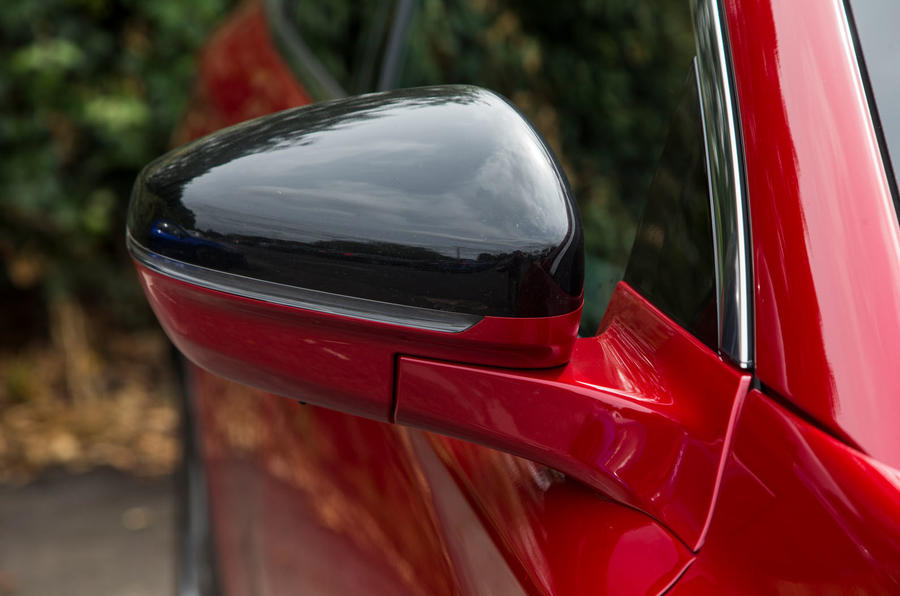 DS 7 Crossback 2018 road test review wing mirrors