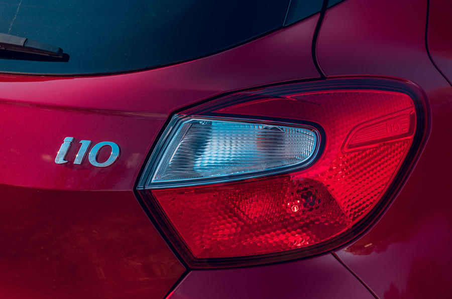 Hyundai i10 2020 road test review - rear lights