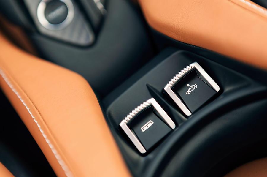 McLaren 720S Spider 2019 road test review - roof controls