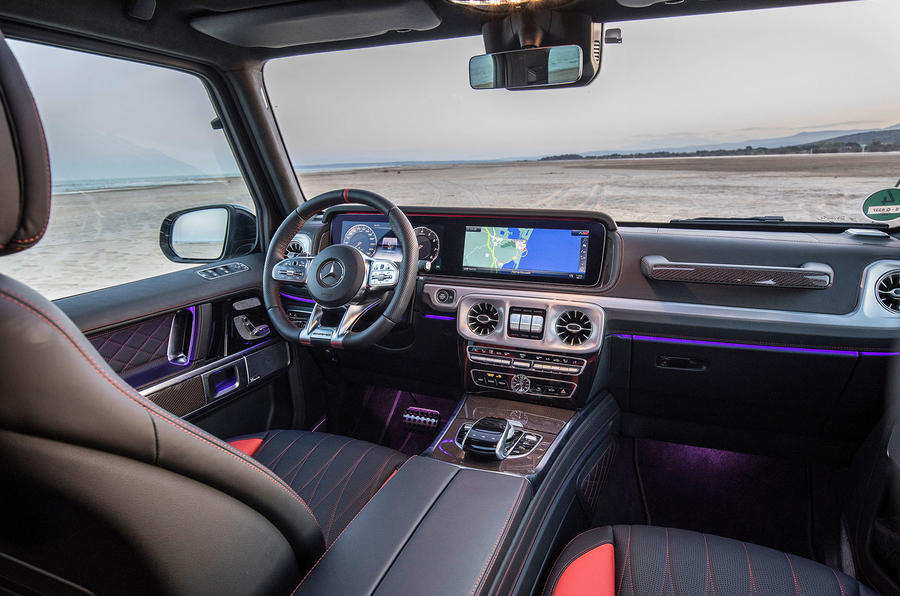 Mercedes-AMG G63 2018 review dashboard