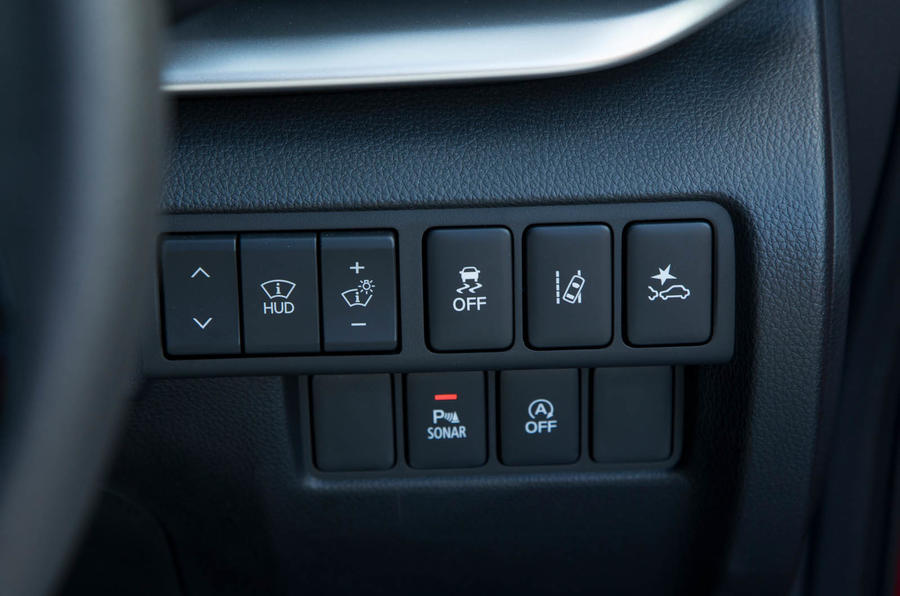 Mitsibushi Eclipse Cross 2018 review traction control buttons