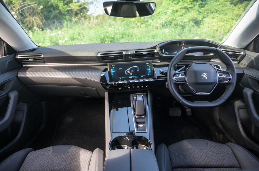 Peugeot 508 SW Hybrid 2020 road test review - dashboard