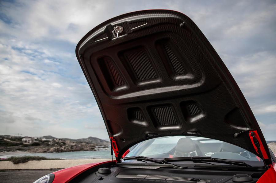 Porsche 911 Speedster 2019 review - bonnet