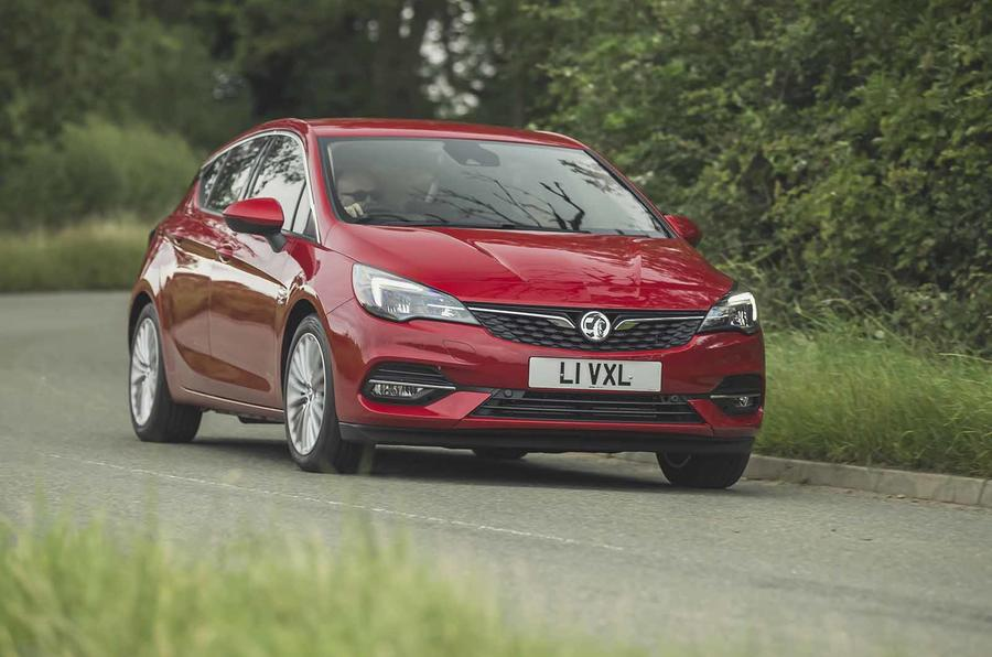 Vauxhall Astra 2019 road test review - cornering front
