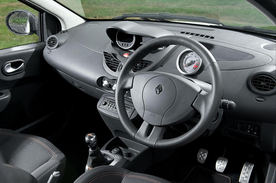 renaultsport twingo 133 cup review autocar. Black Bedroom Furniture Sets. Home Design Ideas