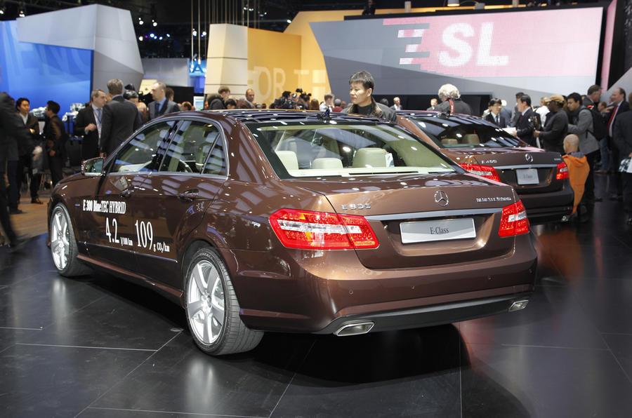 Detroit: Mercedes E-class hybrid