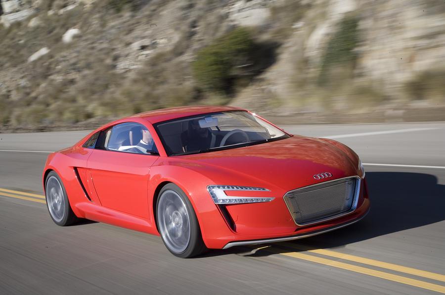 Audi e-tron cornering
