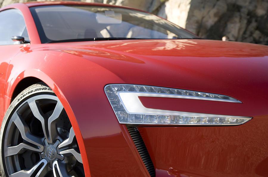 Audi e-tron headlights
