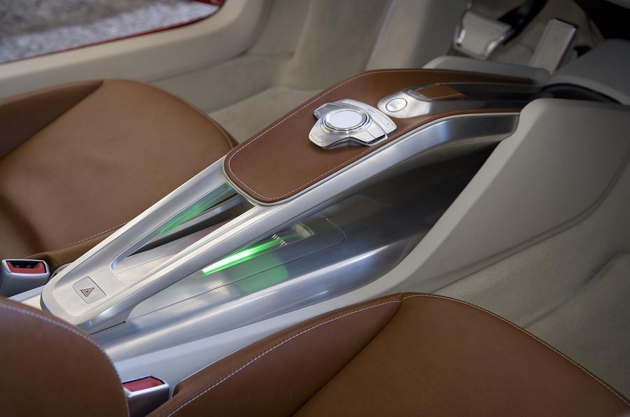 Audi e-tron centre console