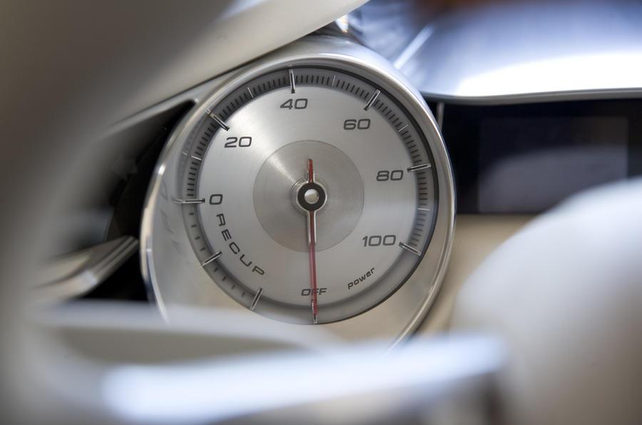 Audi e-tron instrument cluster