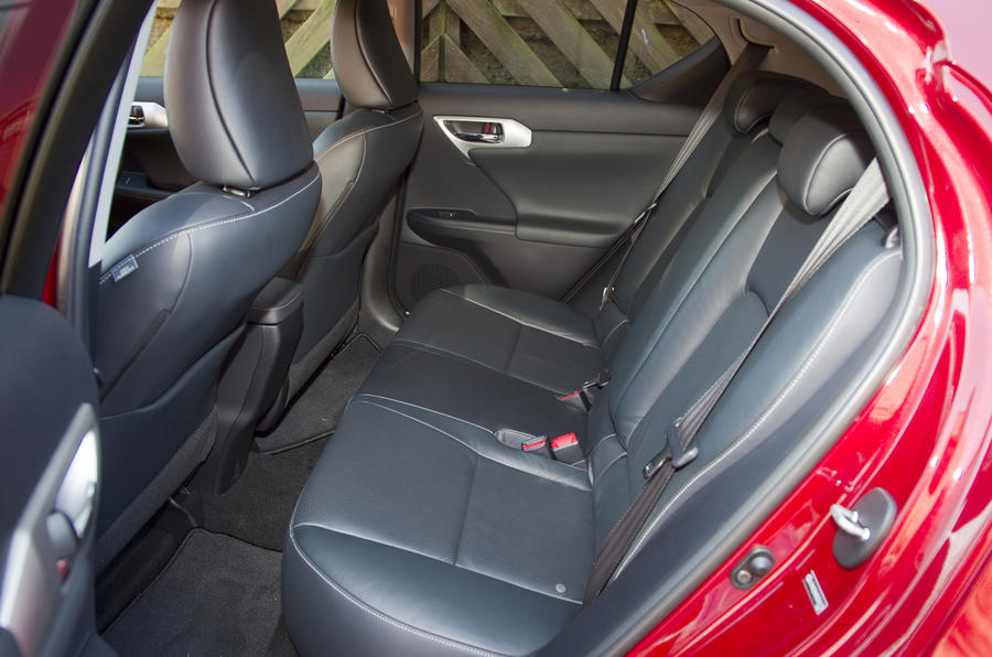 Lexus CT 200h SE-L rear seats