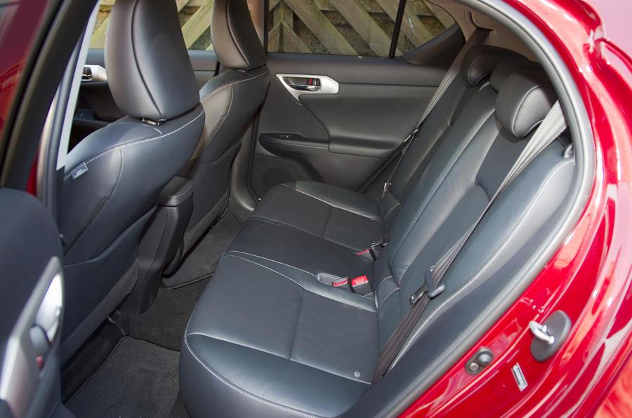 Lexus CT 200h SE-L rear seats