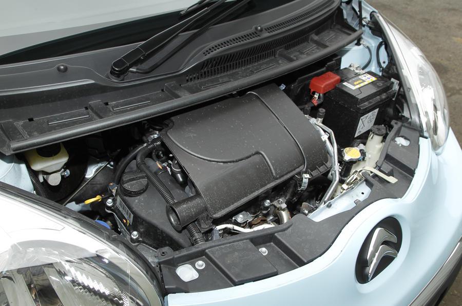 Citroën C1 1.0i engine