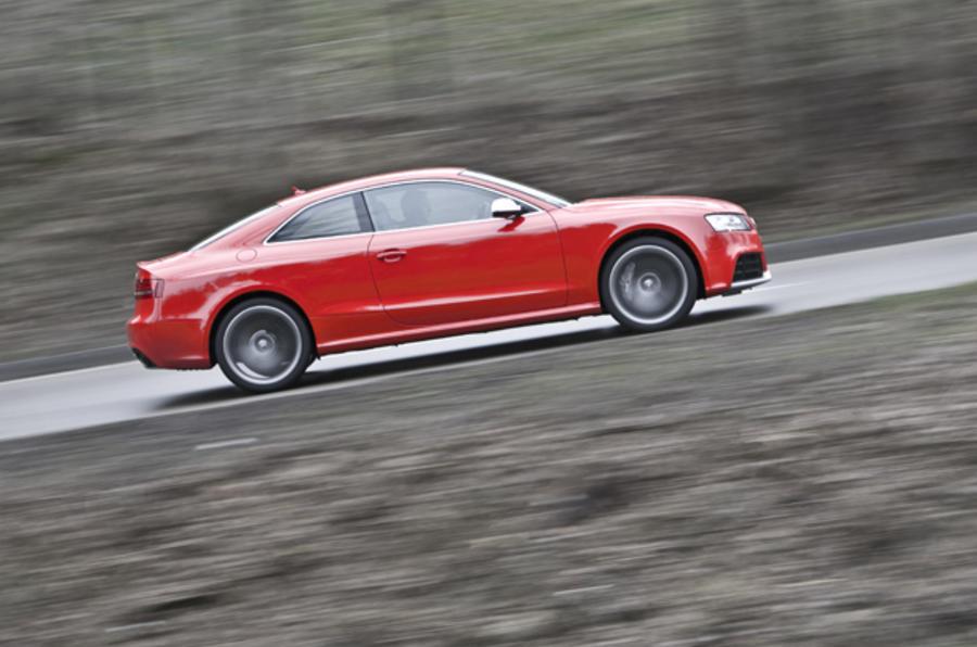 Audi RS5 side profile