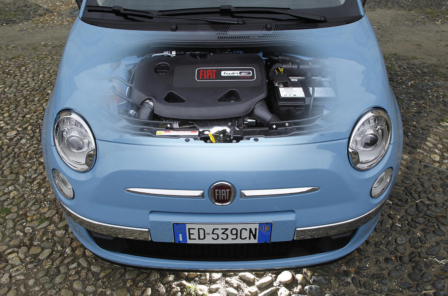 Fiat 500 TwinAir engine bay