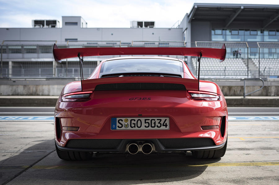 Porsche 911 GT3 RS 2018 review static rear