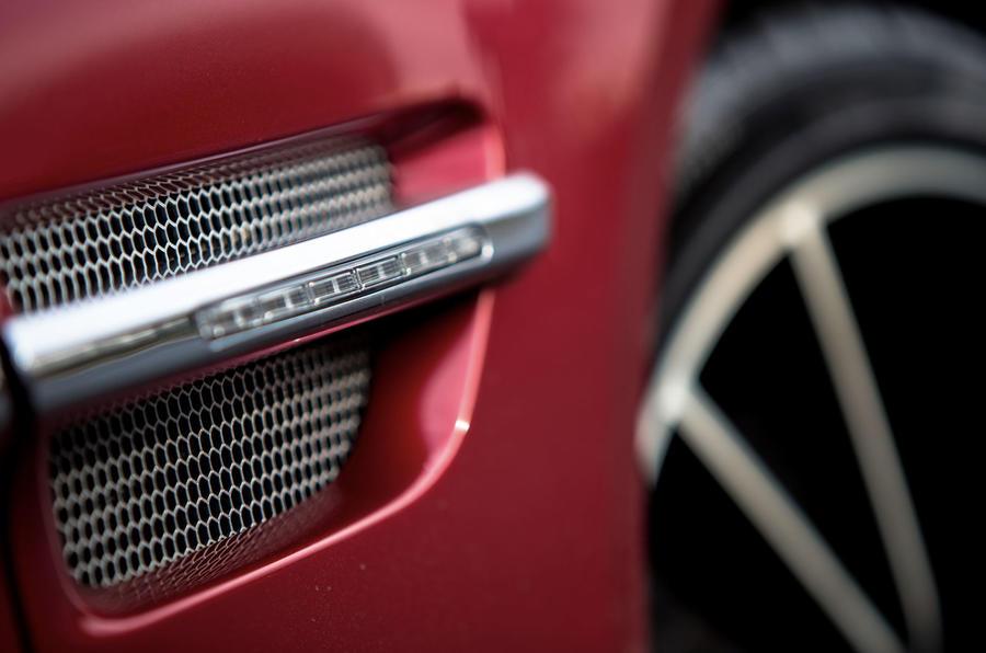 Aston Martin Vanquish Volante decals
