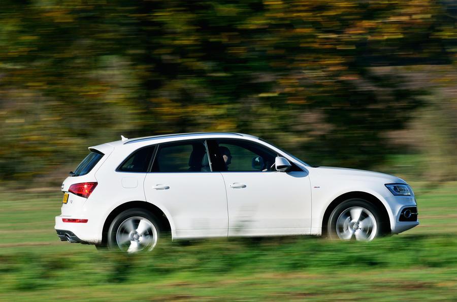 Audi Q5 S-line side profile