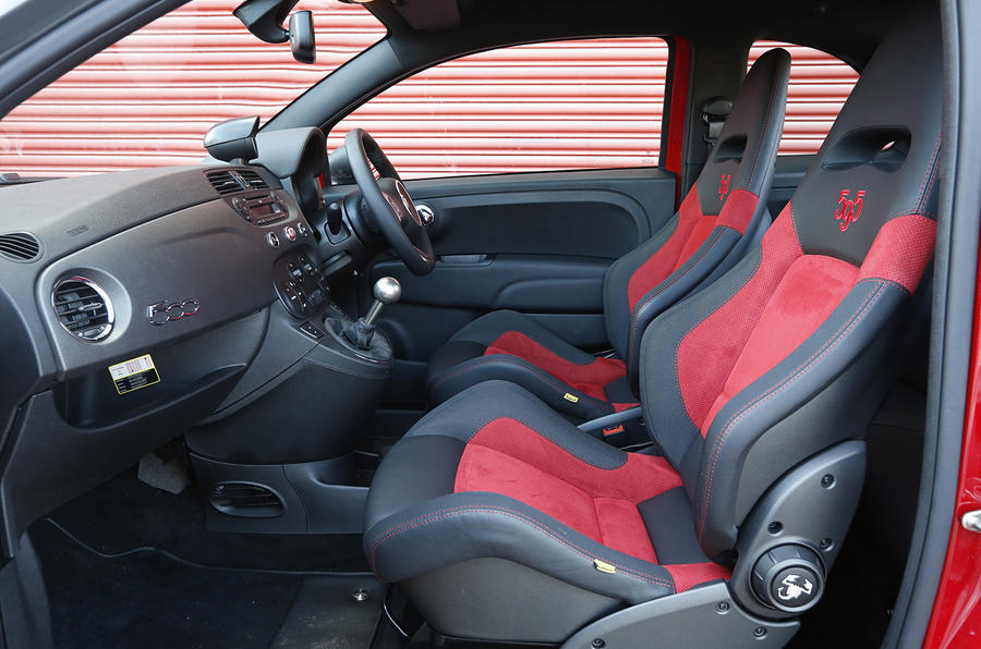 Abarth 595 interior