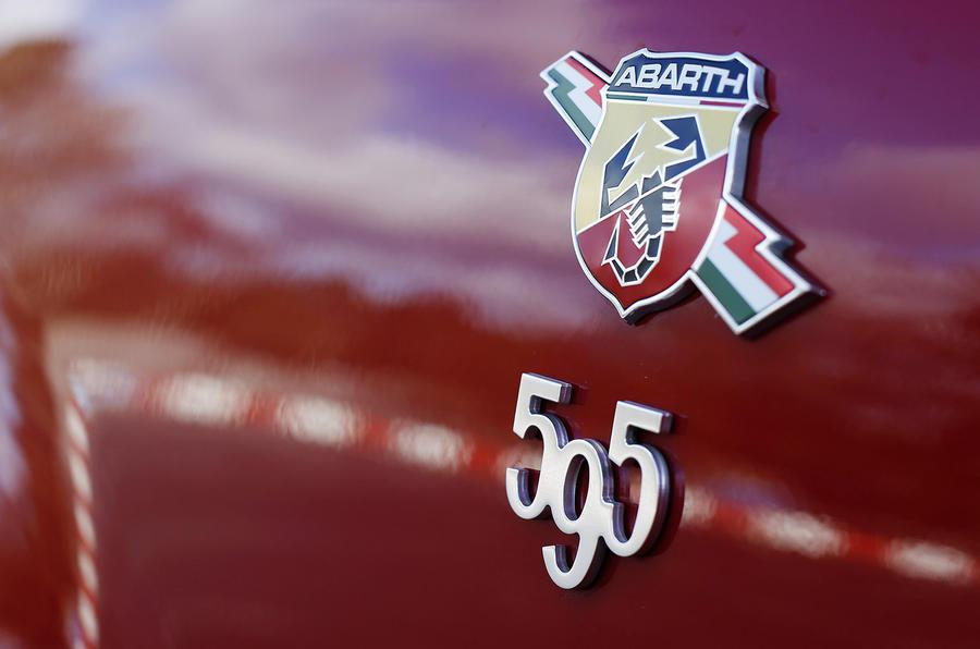 Fiat Abarth 595 badging