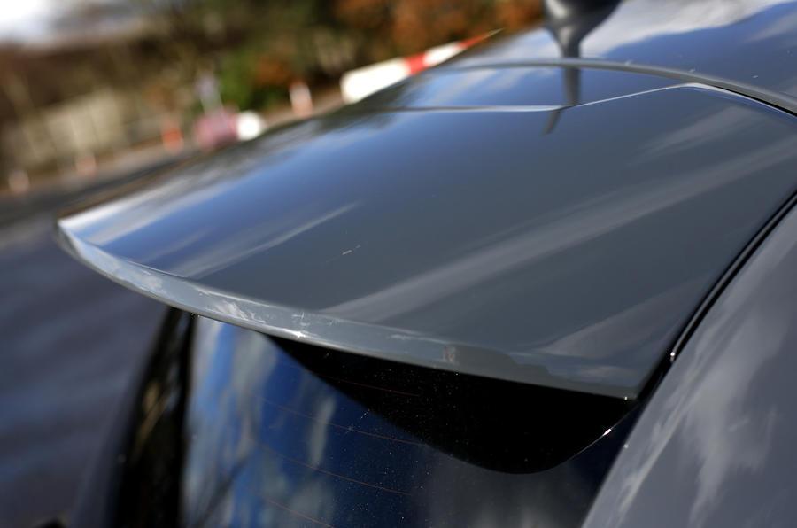Fiat Abarth 595 roof spoiler