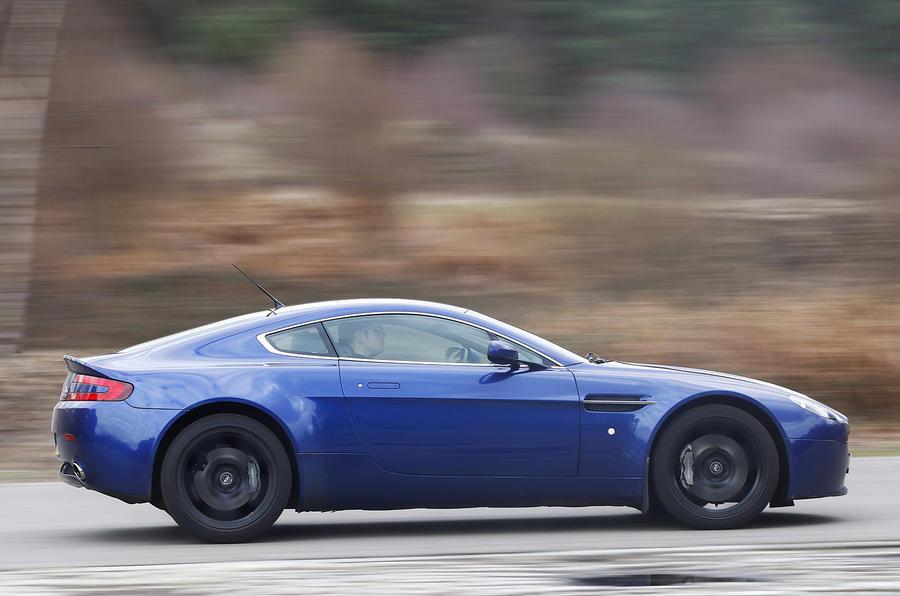Aston Martin Gmr V Drive