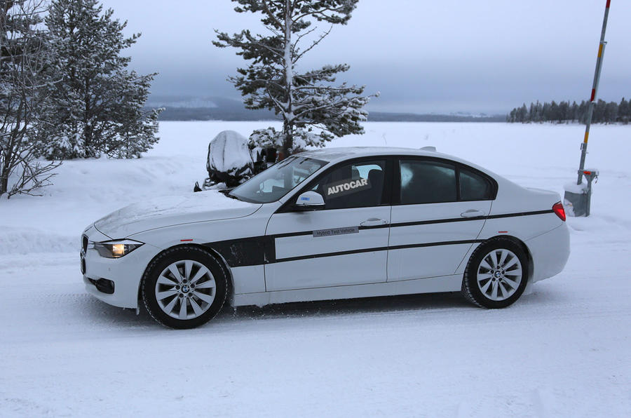 New BMW 3-series plug-in Hybrid spotted