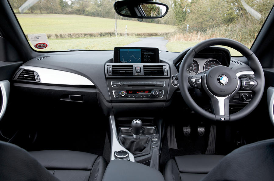 BMW M235i dashboard