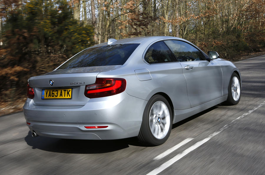 BMW 2 Series Coupé's rear quarter