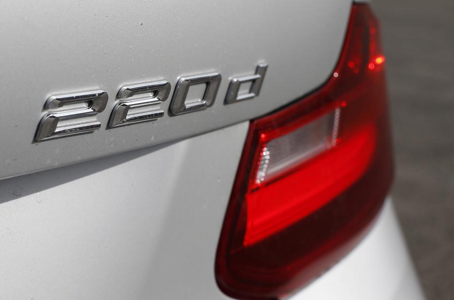BMW 220d badging