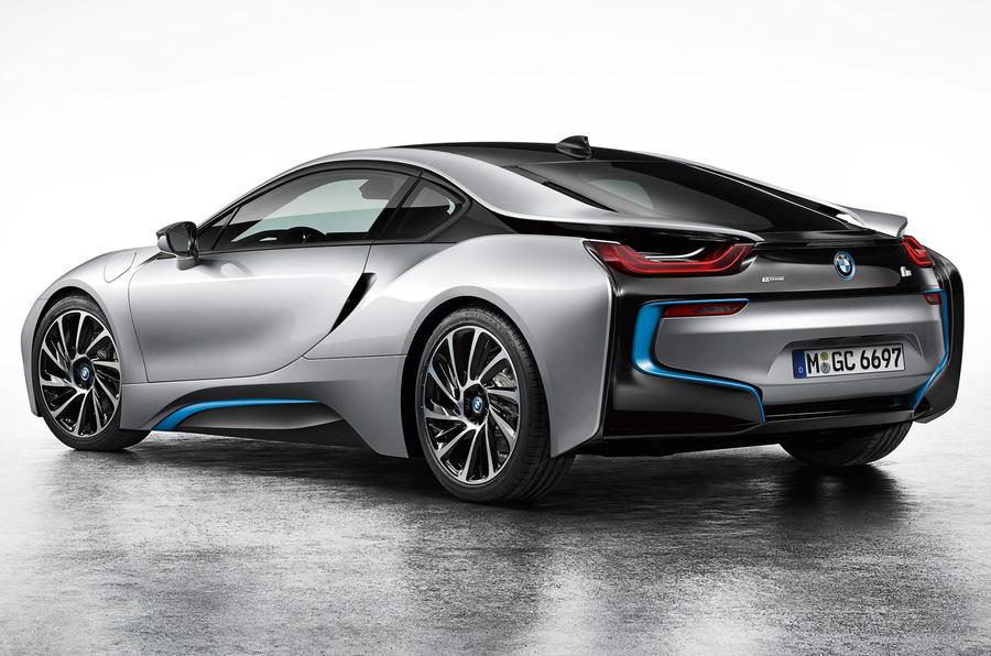 BMW i8 revealed in full