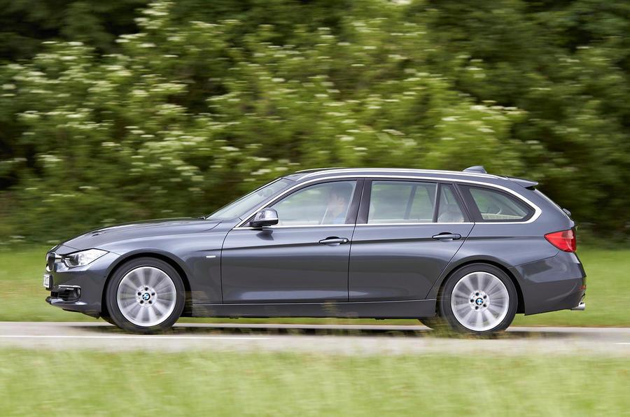 BMW 328i Touring side profile