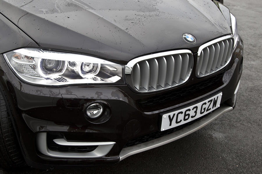 BMW X5 front grille