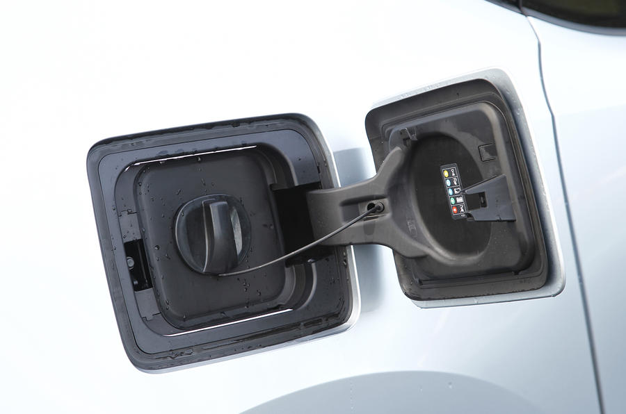 BMW i3's seven-pin AC connector