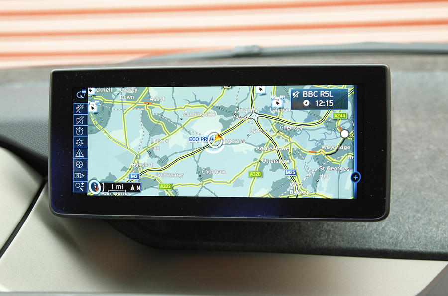 BMW i3 iDrive infotainment system