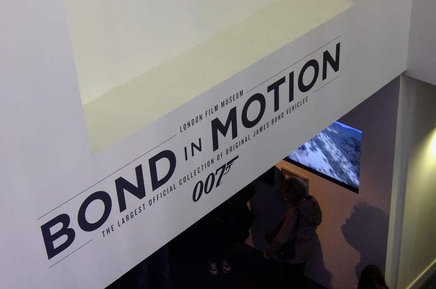 Bond in Motion - picture special