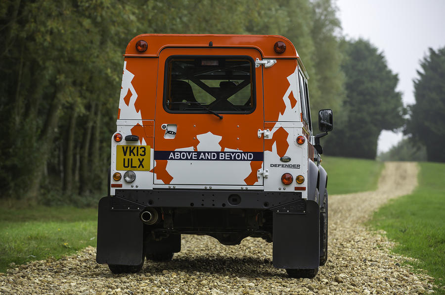 Land Rover Defender Challenge rear