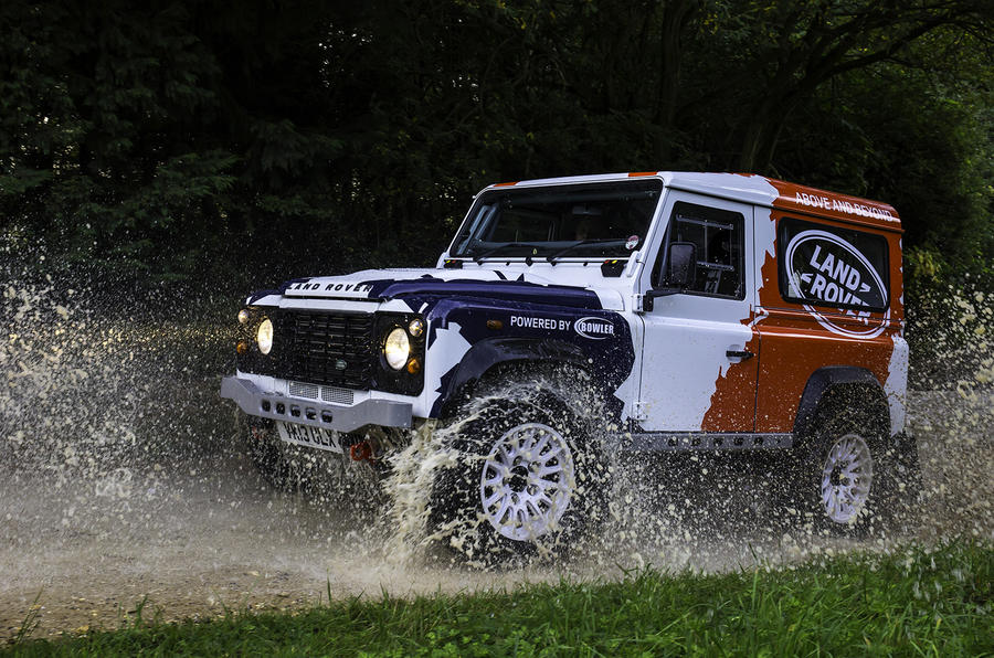 Land Rover Defender Challenge off-roading