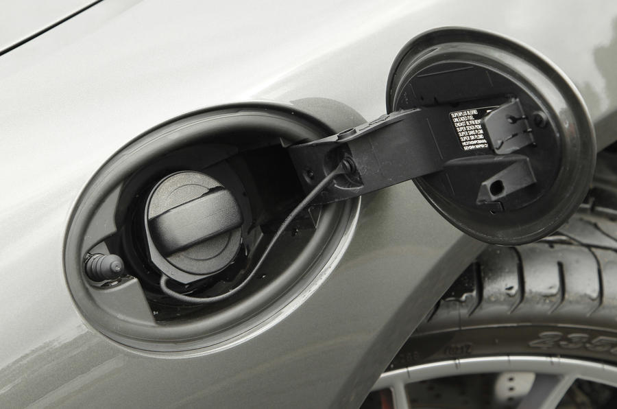 Porsche Boxster fuel cap