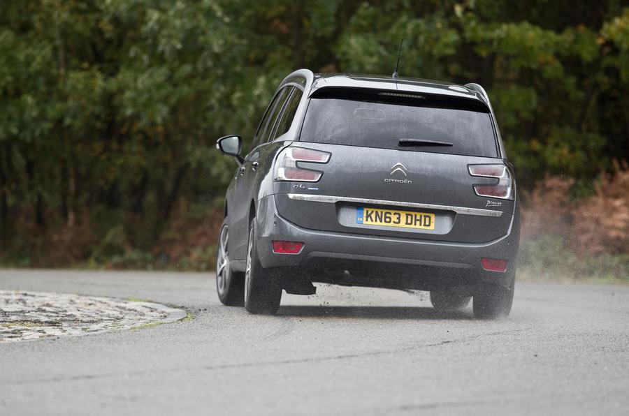 Citroën Grand C4 Picasso rear cornering